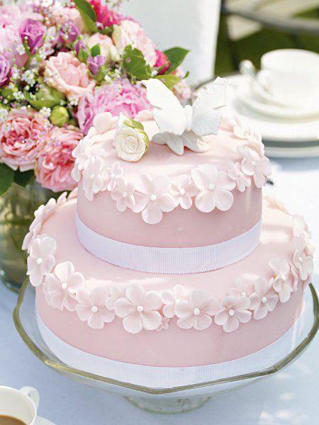 ANV005 - Anniversary Cake