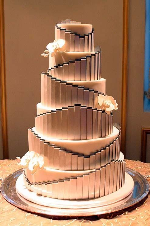 LWD005 - Lyer and Wedding Cake