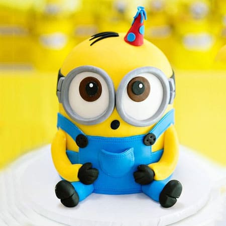 MIN001 - Adorable Minion Cake