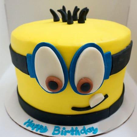 Groovy Min015 Minion Fondant Cake Minion Cake Cake Delivery In Funny Birthday Cards Online Aeocydamsfinfo
