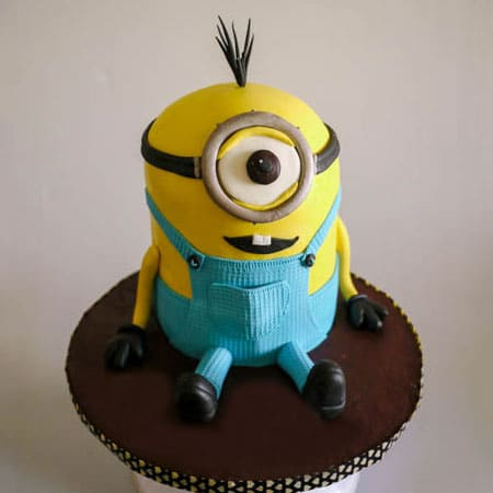 MIN017 -  Minion Tooth Cake