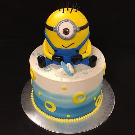 MIN018 -  Mischievous Minion Cake