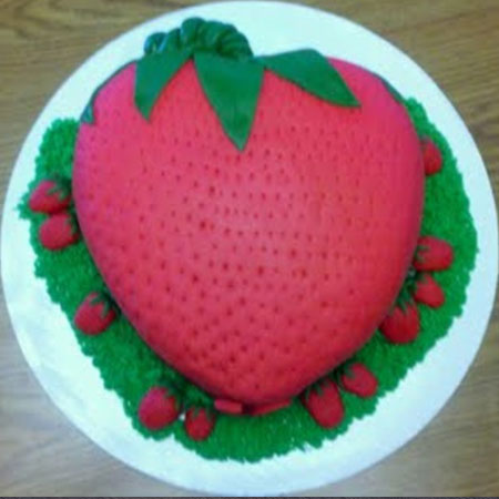STR012 - Strawberry Shape Cake