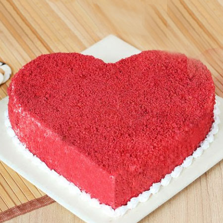 RDV003 - Heart-Shape Red Velvet Cake