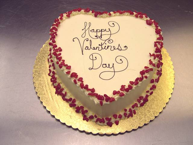 VAL060 - Valentine day Special Cake