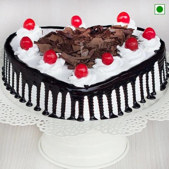 BLF012 - Heart Shaped Blackforest Cake