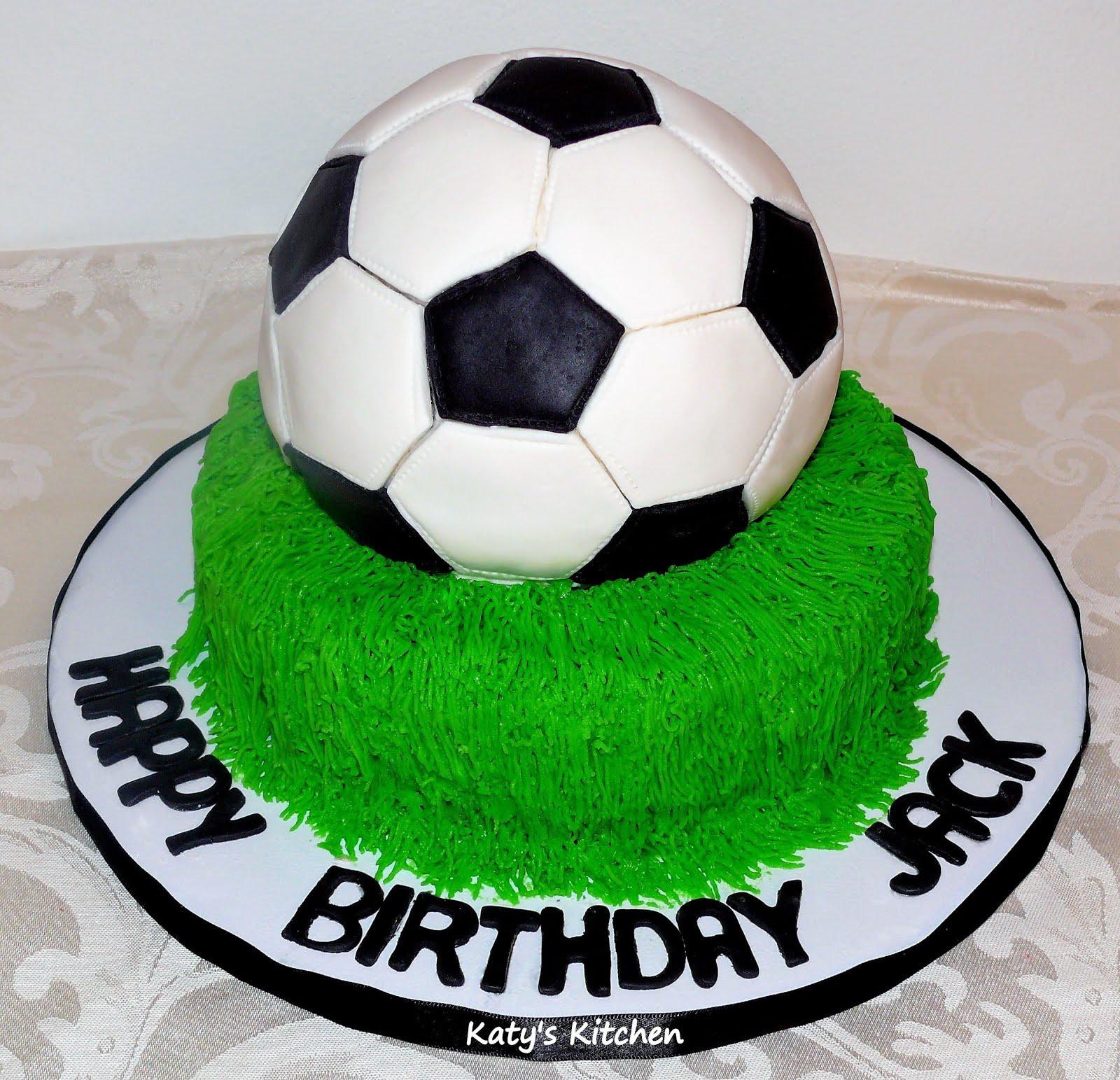 THM017 - Footbal Cake