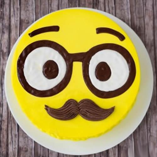 SMY009 - Smiley Cake