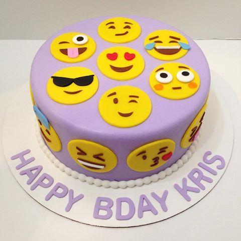 SMY011 - Smiley Cake