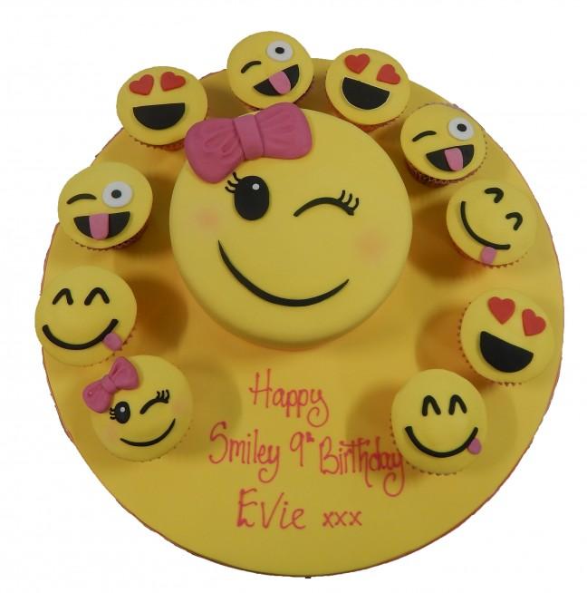 SMY017 - Smiley Cake