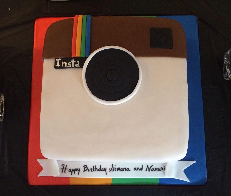 SMC001 - Instagram Cake