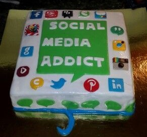 SMC009 - Social media cake