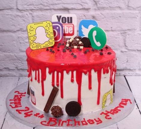 SMC012 - Social media Cake